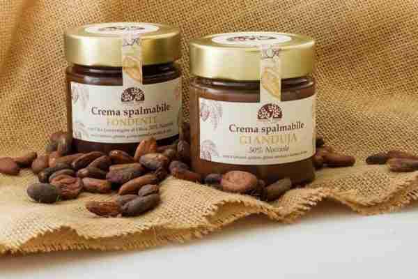 crema spalmabile al cioccolato fondente e olio evo